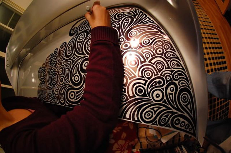 artist-uses-sharpie-to-give-nissan-skyline-gtr-one-of-a-kind-paint-job-16