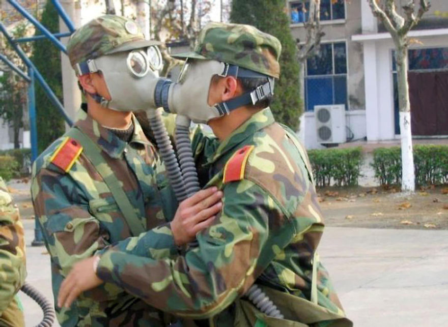 funny-military-soldiers-photos-26__880
