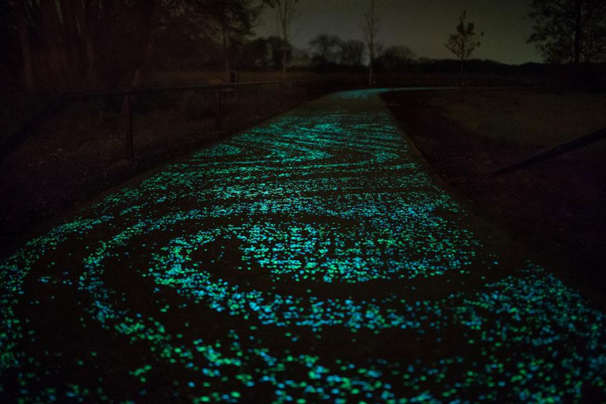 osvetleny-cyklisticky-chodnik (3)
