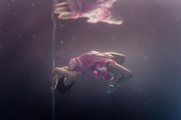 podvodny-tanec-pri-tyci (5)