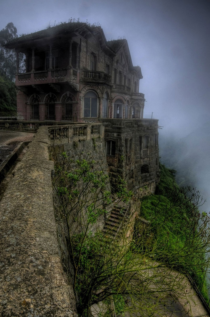 abandoned-places-23