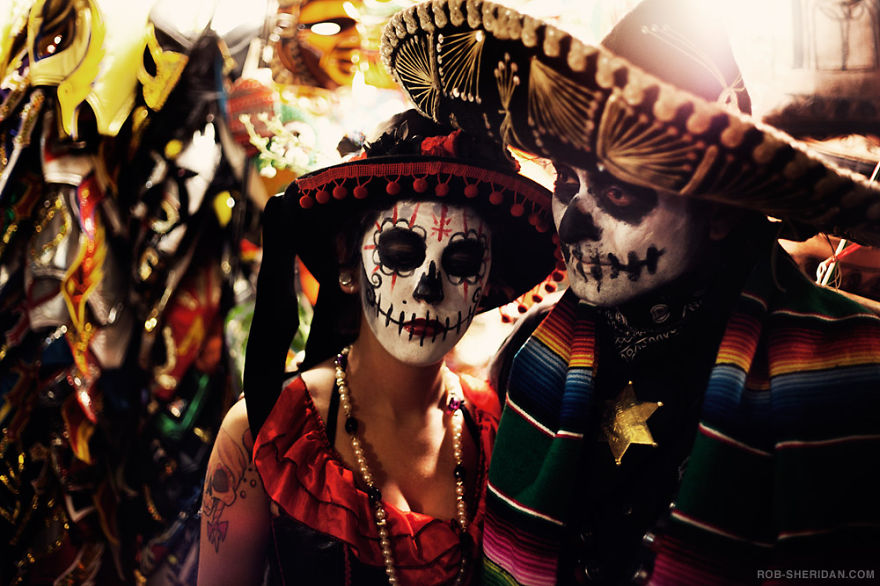 unique-festivals-around-the-world-dia-de-los-muertos-rob-sheridan__880