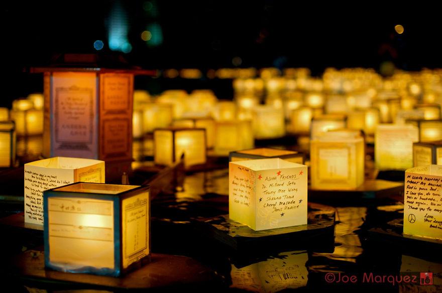unique-festivals-around-the-world-floating-lanterns-festival__880