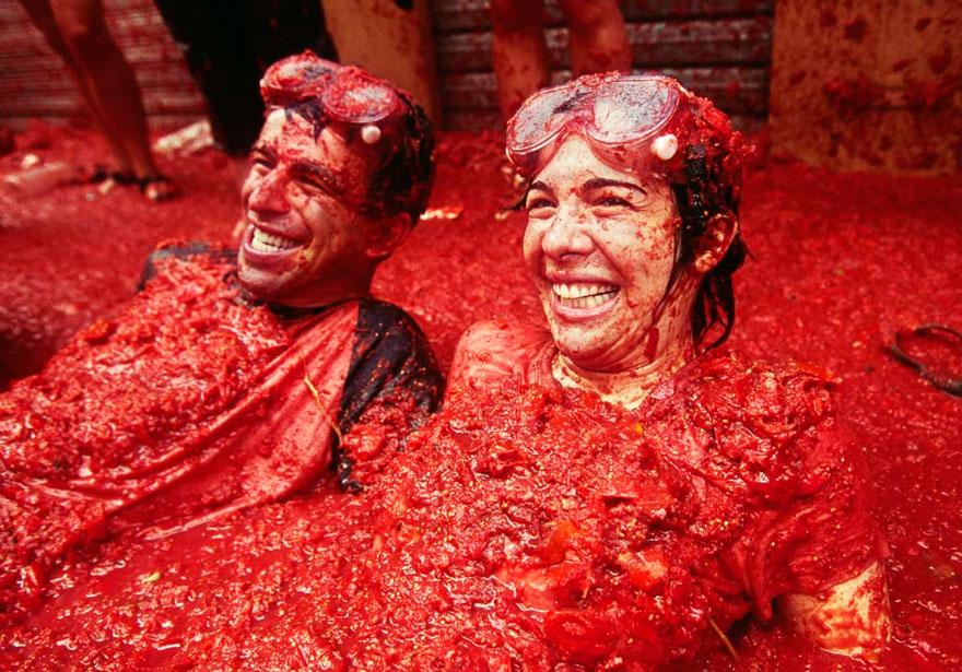 unique-festivals-around-the-world-la-tomatina-3