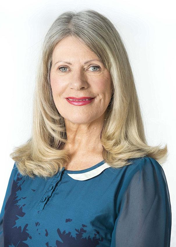 woman-never-smiles-prevent-wrinkles-tess-christian-11