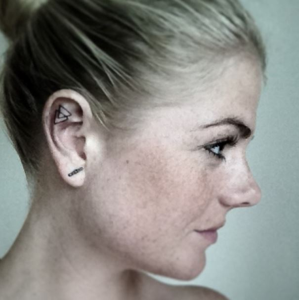 tetovania v uchu (12)