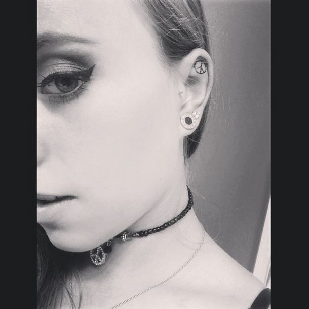 tetovania v uchu (13)
