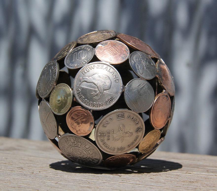 umenie z klucov a minci (12)