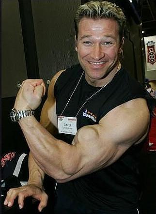 stari znami bodybuilderi (8)