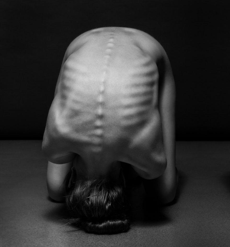 ciernobiele joga pozy (18)