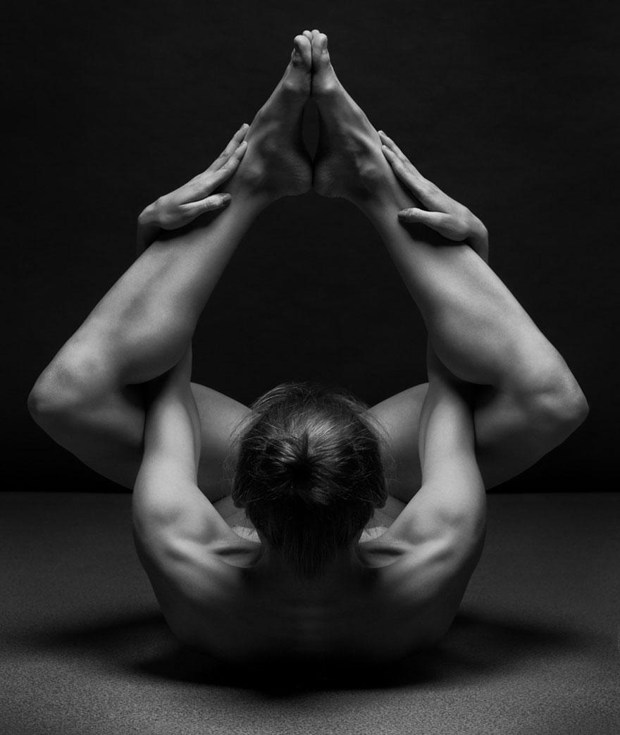 ciernobiele joga pozy (9)