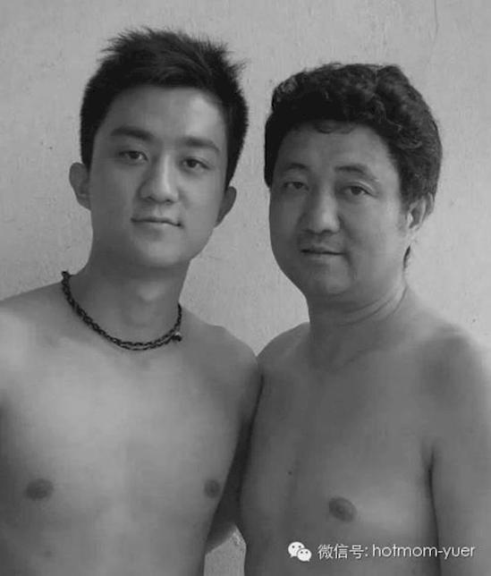 27 rokov rovnaká fotka (19)