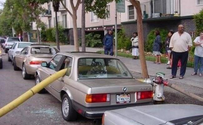 Vodiči, ktorí zle zaparkovali a poriadne to aj oľutovali