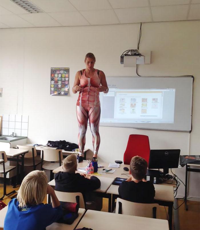 učiteľka biológie (3)