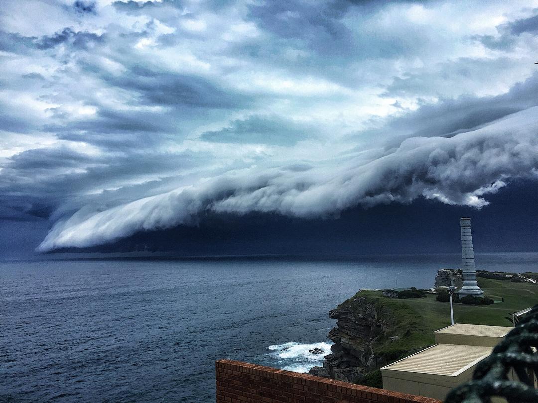 oblačná tsunami (1)