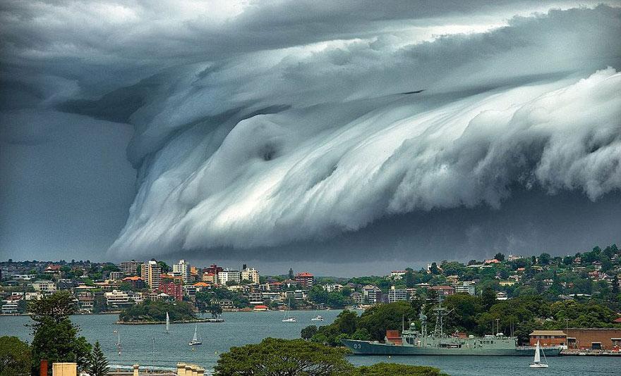 oblačná tsunami (6)