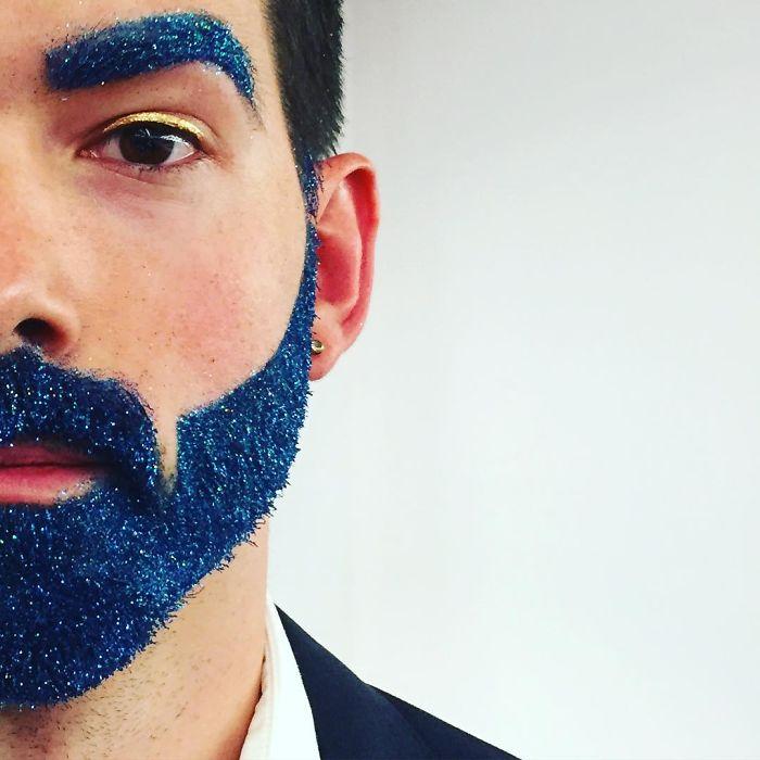 trblietky v brade (4)