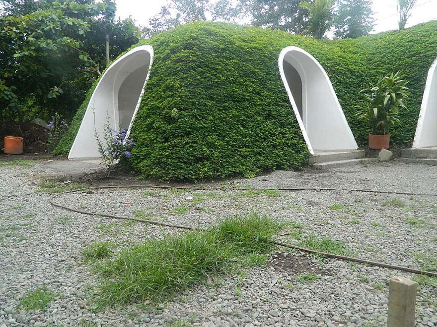 hobbit-holes-eco-friendly-houses-green-magic-homes-24