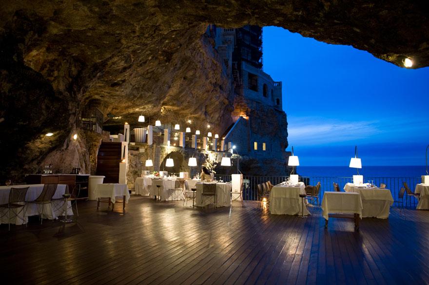 reštaurácia v jaskyni (2)
