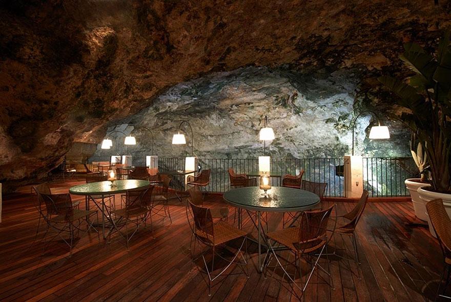 restika v jaskyni (9)