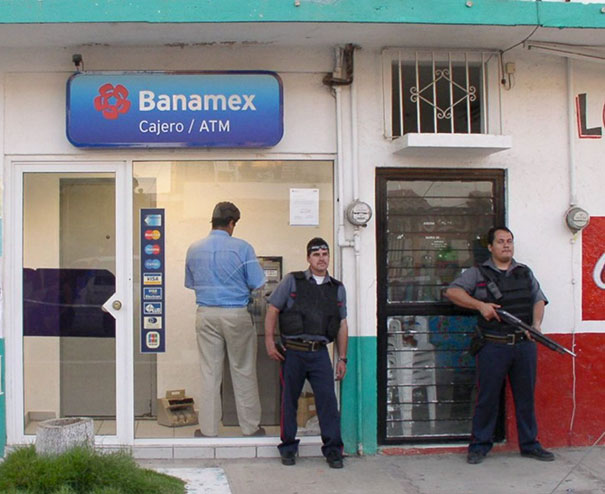 vyber z bankomatu (5)