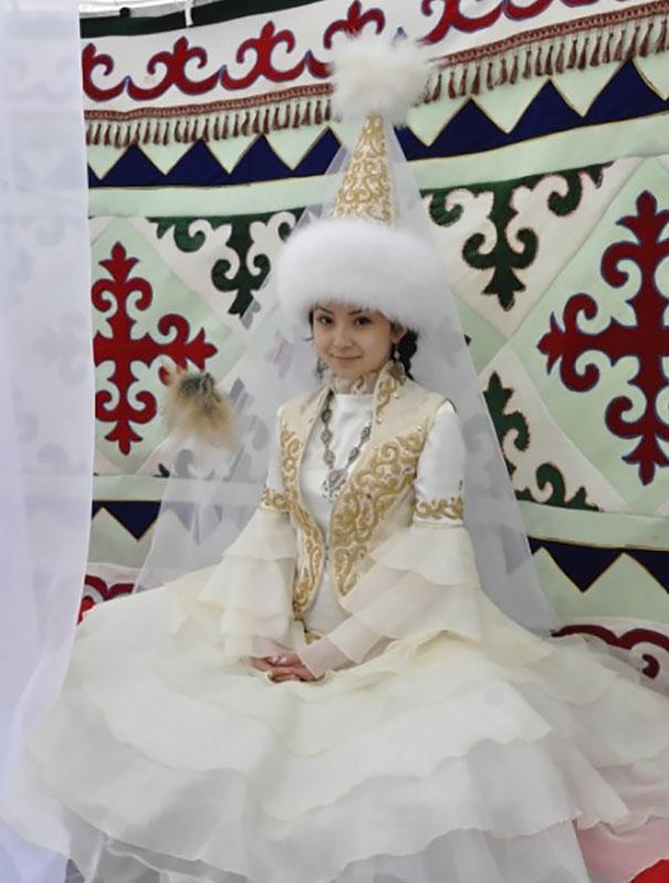 svadobne saty (13)