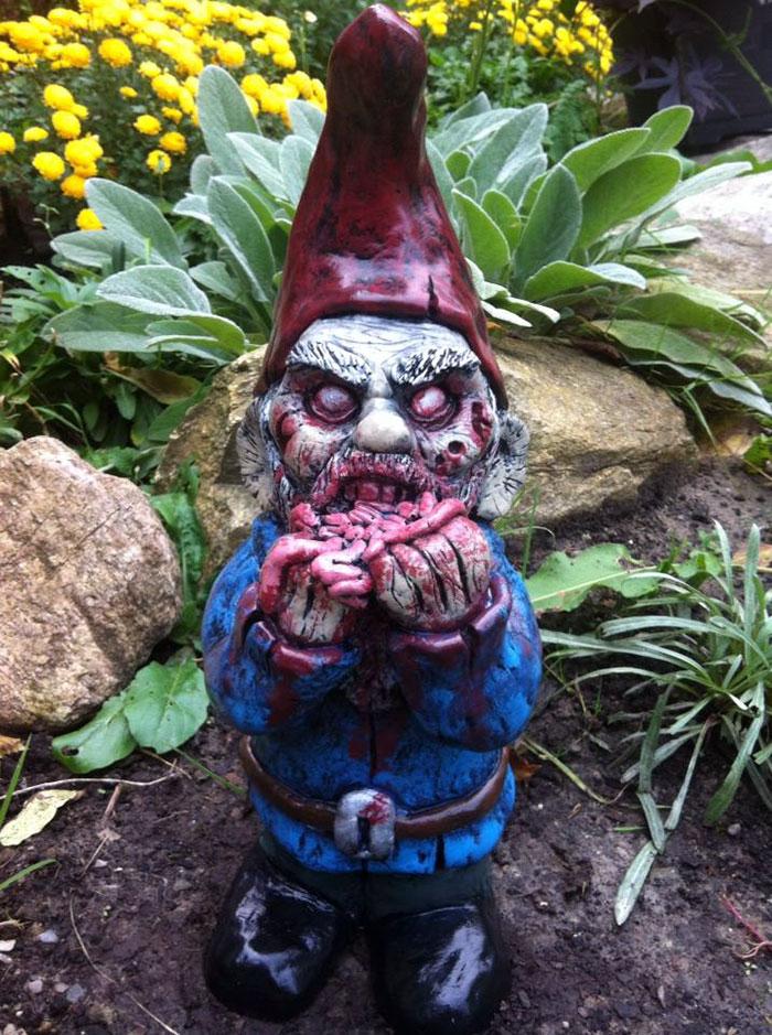 zombie záhradní trpaslíci (7)