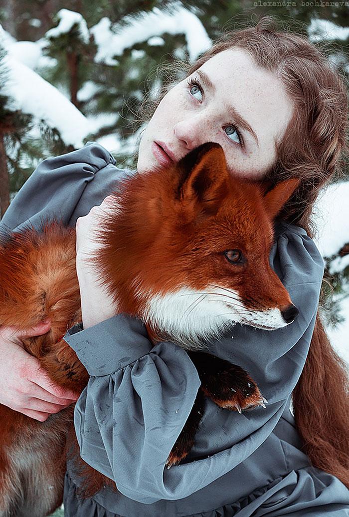 portréty ryšaviek s líškami