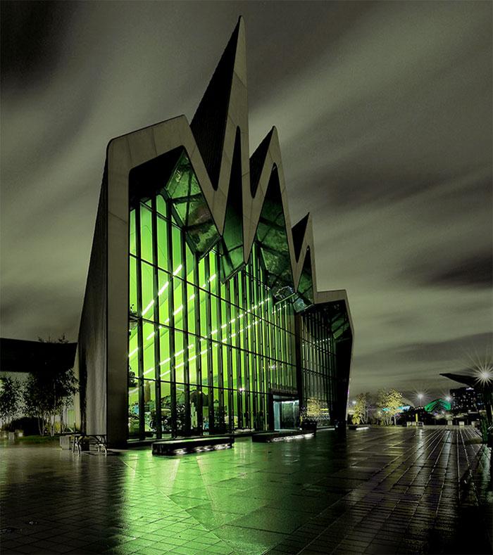 budovy zla