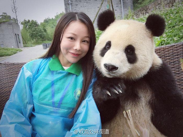 selfie panda (1)